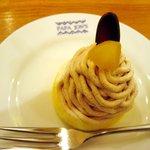 パパジョンズカフェ - 平日限定チーズケーキセット (750円) (写真は栗と抹茶のモンブラン)
