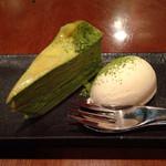 赤とんぼ - 京風抹茶ミルクレープ 練乳アイス添え