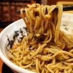 烈火 - 山形ひっぱり混ぜそば 麺にタレがよく絡みます