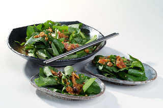 黒毛和牛焼肉 うしくろ - 小松菜サラダ  生食用のステビア入り小松菜使用!