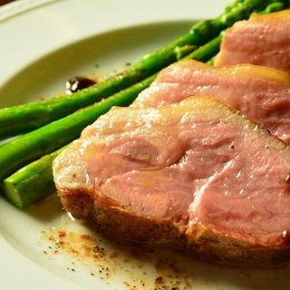 こだわりセレクトの豚肉料理