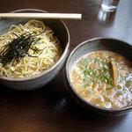 Karyuuhansou - 「こってりつけ麺(大盛)」800円