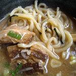 Karyuuhansou - 「こってりつけ麺」つけ汁に浸けた麺とチャーシュー