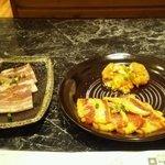 焼肉ロッヂ - 料理写真:特選焼肉セットのスタート3品です