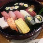 加茂寿司 -  にぎり1.5人前(1,250円)
