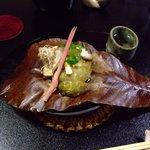京風庵 芳家 - 鮑と松茸の朴葉焼き