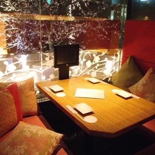 おしゃれな雰囲気が自慢の完全個室