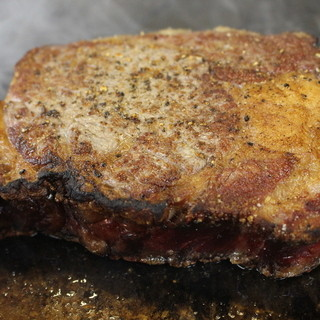 『渾身の肉料理』肉はおまかせ!