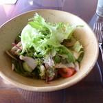 シェ・ヌゥ -  シェフにおまかせサラダ(700円)(サロン)
