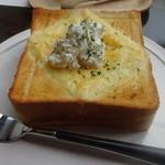 ブラウロート - 料理写真: チーズチーズトースト☆