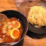 つけ麺屋 やすべえ - 【2009/12】辛つけ麺半チャーシュー煮玉子