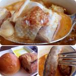 バー&ダイニング 「クラウズ」 - 鶏だけでなくソーセージまで入っていて結構肉肉しい!!