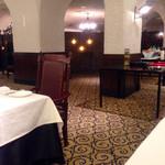 ザ・カステリアンルーム - 静かな店内でゆっくりランチは良いですね~