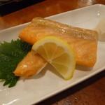 呑者家 - 「鮭ハラス (500円)」