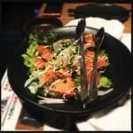 串の蔵 -  サーモンのサラダ