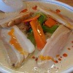 菜食厨房 麺道楽 - 菜食豆乳担々麺(+叉焼)