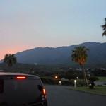 27761610 -  ホテル前の夕焼けとレンタカーのモコちゃん