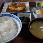 さかえや食堂 - 750えん『さばみそ煮定食』2014.5
