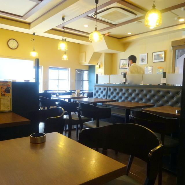 喫茶店 友路有 赤羽二号店