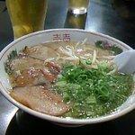 初代だるま - あぶりトロ肉チャーシュー麺
