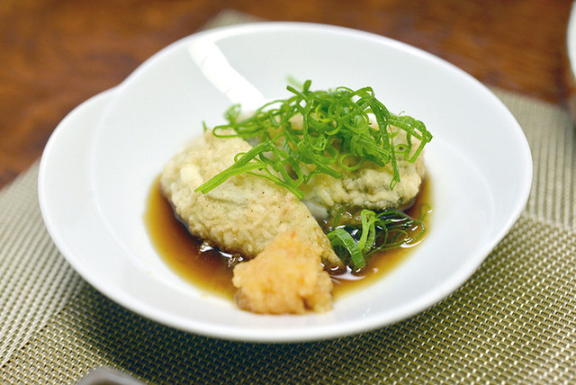田ざわ -  牡蠣の天ぷらをポン酢で。