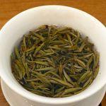 茶語 - 蓋碗 これに蓋をして、蓋をずらして茶葉が器に入らないよう淹れます。
