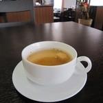 ウェルカムネパールレストラン -  ランチのオニオンスープ♪
