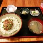 じょうとう食堂 -  安価な納豆丼