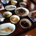 磯料理 魚伝 -  まご茶漬け