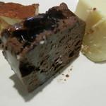Green'sK鉄板ビュッフェ -  濃厚チョコケーキ