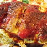 グリルアストリア - トルコライス。豚カツが薄め。