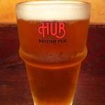 HUB - 『HUBエールビール(小)』(490円)『HUB』さんでしか呑めない季節限定プレミアムエール~♪(^o^)丿