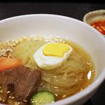 炭火焼肉 明月苑 -  冷麺