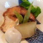 京音彩 - 日替りランチの鰹の煮つけ。