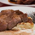 ディーバ -  5)豚肩ロースのグリエ(主菜:4種より選択)