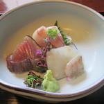 27796529 -  茶屋膳ランチコース(造り:季節の魚~黒ムツ、平目、鰹~盛り合せ)