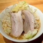 麺屋 剣 - 剣ラーメン ¥700 ※野菜、生姜増