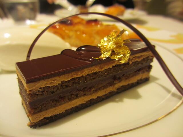 ル サロン ジャック・ボリー -  伝統的なコーヒー風味のオペラ