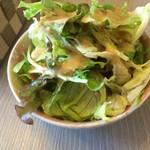 洋食やさん 銀亭 - セットのサラダ