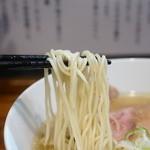 町田汁場 しおらーめん進化 -  麺のアップ