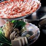 おいどん -  一度食べたらやみつきになる「六白黒豚しゃぶしゃぶ」 特製和風出汁でお召し上がり下さい。