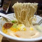 TOKYO豚骨BASE MADE by博多一風堂 - カレー豚骨 850円