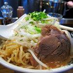 麺屋武蔵 虎洞 - 味玉ラーメン(野菜は大盛り)