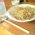 玄海 - 料理写真:ピリ辛もやし