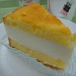 近江屋洋菓子店 - チーズケーキ