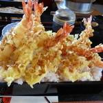 絹の里 - 料理写真:メガえび天丼¥1307(7尾乗ってます♪)