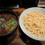 ガガガ職堂 - 期間限定1日30食の「ライト魚介豚骨つけ麺(\800)」。