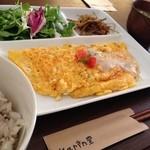 Karin堂 - おからとチーズのオムレツ(薬膳ランチ ¥900)