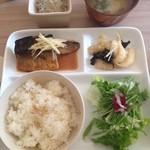Karin堂 - サバの味噌煮(薬膳ランチ ¥900)