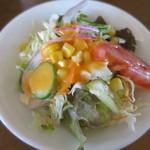 カフェ クロスロード - サラダ